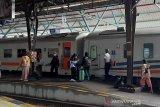 KAI Purwokerto membatalkan perjalanan sejumlah KA tujuan Jakarta