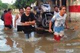 BPBD : Banjir setinggi 2,5 meter masih merendam Bekasi Jawa Barat