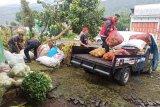 PMI Banjarnegara salurkan bantuan ke warga terdampak banjir