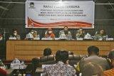 KPU tetapkan Tina-Ado sebagai pasangan Bupati dan Wakil Bupati Mamuju terpilih