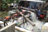 Delapan pompa sedot banjir yang genangi sawah di Kudus