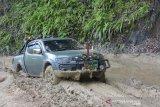 Personel TNI optimalkan pengawasan pos di jalan trans Papua