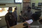 Tersangka korupsi pajak BPHTB Tanjungpinang ditahan
