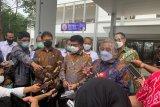 Presiden Jokowi beri alasan awak media dapat vaksin COVID-19