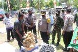 Kampung Insrom Biak Numfor operasikan posko PPKM skala mikro