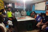 TNI/Polri ajak warga Timika aktifkan poskamling menjaga kamtibmas