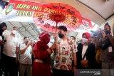 Wali Kota Gibran kebut vaksinasi pedagang di hari pertama pimpin Solo