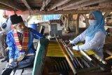 Wali Kota Baubau sebut Pemkot telah memberikan bantuan untuk pengrajin tenun