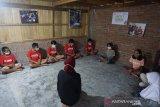 Anak-anak desa lingkar KEK Mandalika menimba ilmu di sekolah lingkungan
