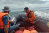 Basarnas cari nelayan hilang korban kapal mati mesin