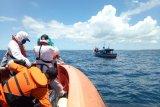 Tim SAR gabungan evakuasi kapal mati mesin di perairan Mentawai