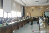 DPRD Kalteng rapat internal bahas penyaluran bantuan sosial COVID-19