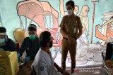 Wali Kota Gibran minta para pedagang tetap jalankan protokol kesehatan setelah divaksin