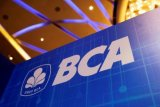 Harga saham BBCA turun seiring  dengan rencana
