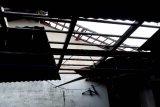Kabupaten Magelang diterjang angin kencang, puluhan rumah rusak