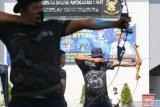 Peserta lomba mengikuti lomba panahan di Sekolah Tinggi Teknologi Angkatan Laut (STTAL), Bumimoro, Surabaya, Jawa Timur, Rabu (3/3/2021). Berbagai lomba yang digelar dan diikuti seluruh Civitas Akademika STTAL untuk menyemarakkan Dies Natalis ke-55 STTAL tersebut bertema Prajurit Teknokrat STTAL Terus Berinovasi, Berkarya dan Berprestasi di Tengah Pandemi. Antara Jatim/Didik Suhartono/zk