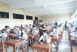 Jaksa Masuk Sekolah di  Minahasa