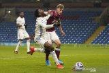 Liga Inggris - Leicester cuma dapat satu poin dari kandang Burnley