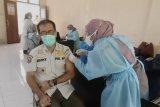 Sebanyak 165 anggota Satpol PP Kota Mataram divaksin COVID-19