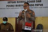 Bimas Noken Polri ajak warga kampung Jayanti Mimika manfaatkan lahan tidur