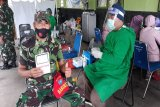 Giliran 60 personel Babinsa Kodim-1016 Palangka Raya divaksinasi COVID-19