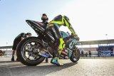 Valentino  Rossi awali petualangan baru bersama Petronas