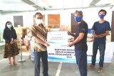 Bakti BCA gotong royong salurkan donasi bagi korban banjir