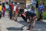 DPUPR Kota Pekalongan kebut perbaikan jalan berlubang pascabanjir