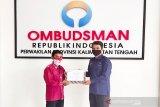 ANTARA Kalteng terima penghargaan dari Ombudsman