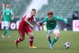 Josh Sargent bawa Bremen jauhi zona degradasi