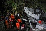Jasa Raharja serahkan santunan 26 korban kecelakaan bus  Sumedang