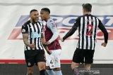 Newcastle ditahan imbang Aston Villa 1-1