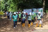 Jefry pantau pembangunan instalasi pengelolan air minum