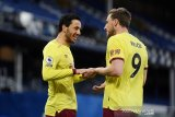 Burnley tundukkan Everton 2-1