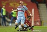 Gol bunuh diri antarkan MU kalahkan West Ham