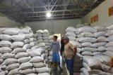 3.000 ton beras petani di Poso  tidak terserap pasar