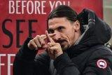 Zlatan Ibrahimovic siap diturunkan lawan Manchester United