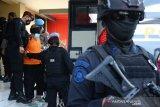 22 terduga teroris diberangkatkan Polda Jatim ke Jakarta