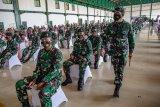 Vaksinasi COVID-19 anggota TNI-Polri