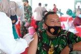 Panglima TNI dan Kapolri tinjau vaksinasi personelnya di Semarang