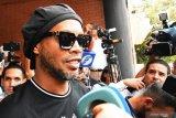 Usai ibunya meninggal, Ronaldinho makin suka berpesta dan mabuk