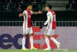 Ajax dan Villarreal mulus