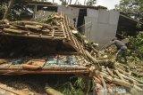 Rumah Terdampak Angin Puting Beliung Di Depok