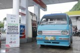 Angkot di Makassar beli  BBM Pertalite dengan harga  Premium