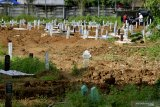 Ziarah ke makam khusus COVID-19 di Macanda diawali pendaftaran online