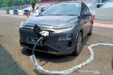 Hyundai menghadirkan layanan isi daya mobil listrik