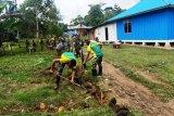 Satgas Yonif PR 432-warga Kobakma Mamberamo Tengah bangun gorong-gorong cegah banjir