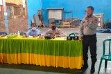 Sat Binmas Polres Sumbawa sosialisasikan lomba Kampung Sehat 2 di Desa Motong Utan