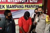 Ngaku anggota reserse narkoba, tukang servis handphone dibekuk polisi