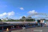 Tongkang dilarang berlayar di pedalaman Sungai Barito